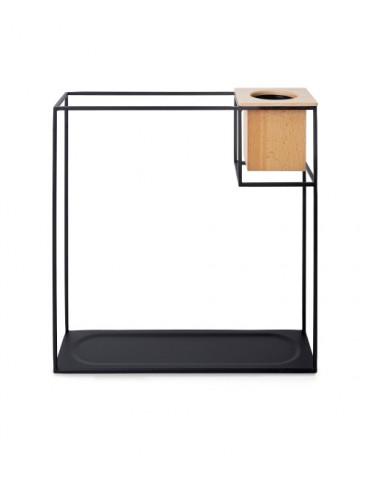 Metalowa półka z doniczką