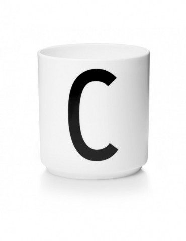 Kubek z literą C Design Letters