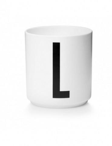 Kubek z literą L