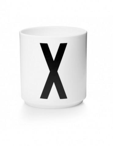 Kubek z literą X