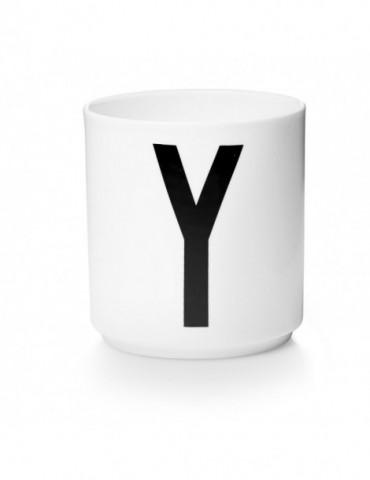 Kubek z literą Y jak Yeti