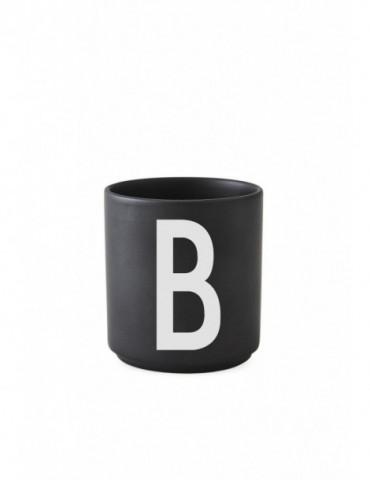 Kubek porcelanowy B Design Letters