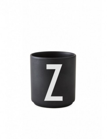 Kubek porcelanowy czarny Design Letters