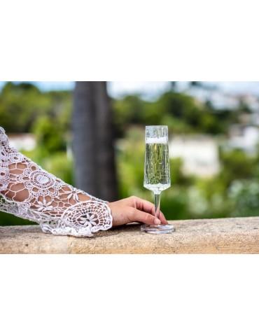 Stylowy plastikowy kieliszek do szampana
