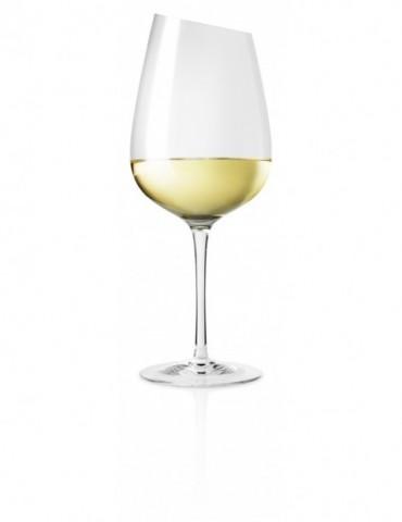 elegancki kieliszek do wina